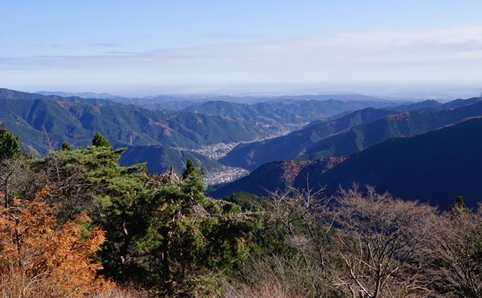 冬の登山。御岳山から日の出山、つるつる温泉コース
